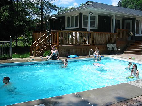 Pool Cleaning Service Cost